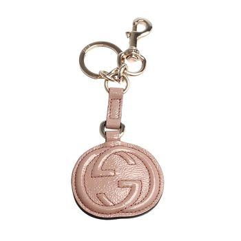 GUCCI SOHO 系列大LOGO小牛漆皮吊牌鑰匙圈(粉膚)