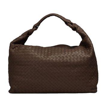 BOTTEGA VENETA經典Walnut編織小羊皮肩背包(棕色)