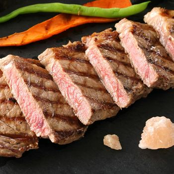 海鮮世家 美國choice頂級紐約客牛排*4片組 單片170g±10%