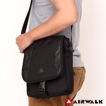 【美國 AIRWALK】 翻蓋插釦多夾層斜側背包-黑