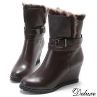 【Deluxe】全真皮雪國暖暖兔毛造型扣帶楔型短靴(咖啡)-1210-6-24