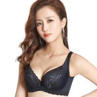 【思薇爾】挺享塑系列E-G罩蕾絲包覆背心型美背塑身內衣(黑色)