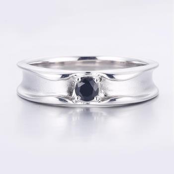 MAYMOON  典雅爵士18K天然黑鑽石戒指(M154)