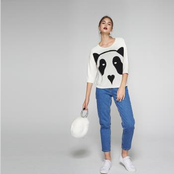 ICHE衣哲 時尚熊貓印花羊毛七分袖造型針織毛衣上衣-白