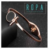 316鈦鋼歐美風格黑色圓型十字鑲鑽18K玫瑰金手環【E07885】