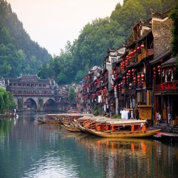 兩湖全覽無購物五星張家界鳳凰古城8日旅遊