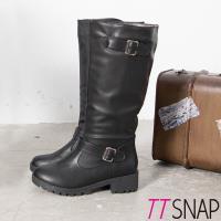 TTSNAP長靴-率性騎士金屬帶釦平底中筒靴 黑