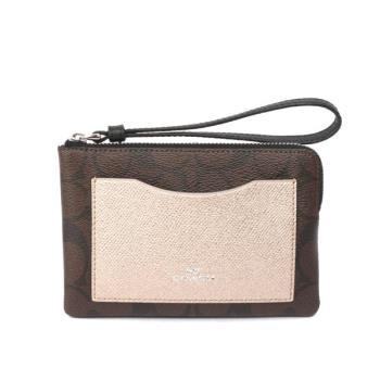 COACH PVC材質口袋手拿包禮盒(巧克力/香檳金配色) F22713-SVMWL