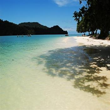 蘭卡威5星海島渡假村+豔陽離島生態6日(無購物壓力)