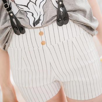 英倫飾釦紋格皮革吊帶短褲A2270-02(簡約白條)lingling中大尺碼
