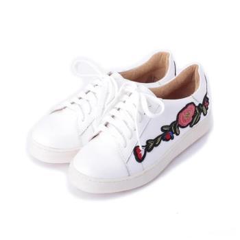 LUZZI 電繡側花休閒鞋 白 女鞋 鞋全家福