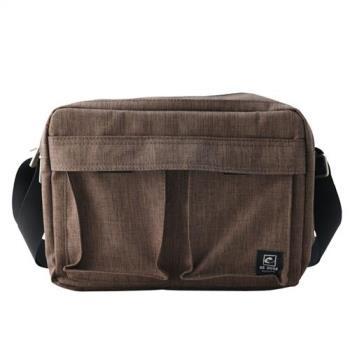 US DUCK韓版輕便型側背包-咖啡色5-UN-170511-2