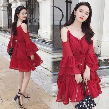 韓國KW  M~XL  純色俏麗層疊喇叭袖蕾絲吊帶洋裝