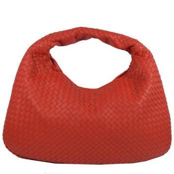 BOTTEGA VENETA 經典編織羊皮單柄彎月包.紅