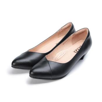 LUZZI 真皮尖頭低跟上班鞋 黑 女鞋 鞋全家福