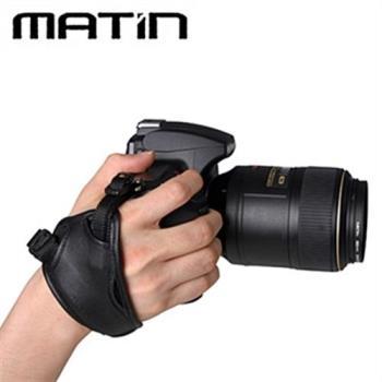 韓國品牌馬田Matin單眼相機手腕帶M-7362(黑色;小底座)適可翻轉LCD螢幕
