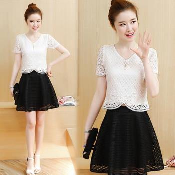 韓國KW 純色淑女風蕾絲上衣蓬蓬短裙套裝