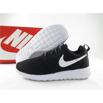 Nike WMNS ROSHE ONE 休閒鞋 正品 844994002 女款黑白經典款