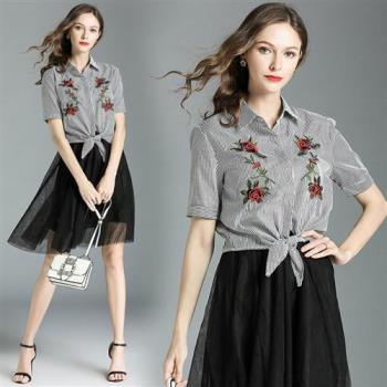 M2M 條紋玫瑰刺繡網紗裙兩件式裙套裝M~2XL