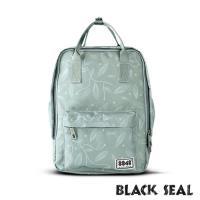 BLACK SEAL 聯名8848系列-多隔層休閒小方型後背包-嫩綠 BS83008