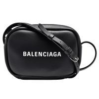 BALENCIAGA 經典EVERYDAY系列品牌字母烙印小牛皮相機斜背包(黑-XS)