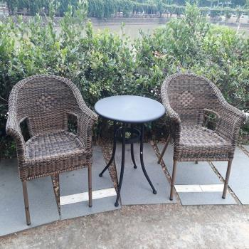 BROTHER 兄弟牌60cm鐵板圓桌+夏綠蒂扶手椅一桌二椅組