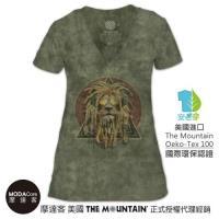 摩達客 (預購) 美國The Mountain都會系列 復刻加滿獅 V領藝術修身女版短袖T恤 個性時尚 輕透柔軟舒適高級混紡