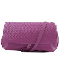 BOTTEGA VENETA 411987 經典編織羊皮翻蓋肩背包.粉紫