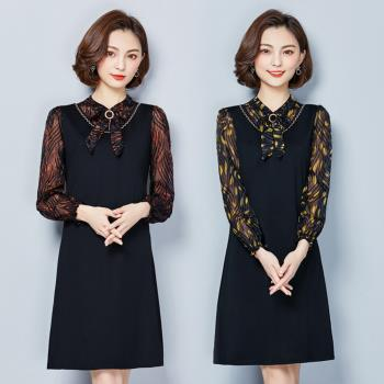 REKO-氣質蝴蝶領結拼接透視印花中長連身裙XL-5XL(共二色)