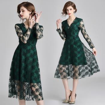 M2M-綠野蕾絲V領氣質長袖透視網紗洋裝連身裙S-2XL