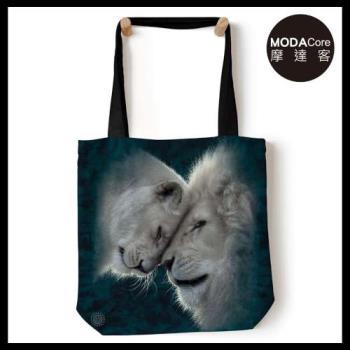 摩達客(預購)美國The Mountain 白獅之愛 藝術環保托特包