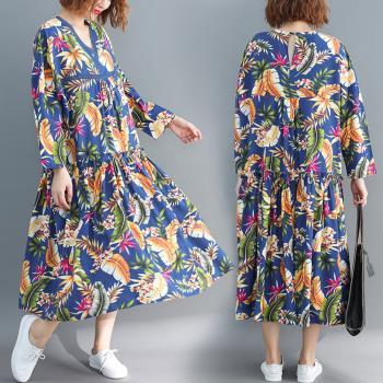 Keer-南洋風情印花V領洋裝