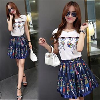 韓國K.W. 夏日慶典修身顯瘦印花短裙套裝