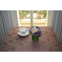 宜欣居傢飾 超防潑水防污緹花布桌巾/桌布 挪威森林(咖)