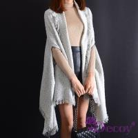 【Decoy】雪國風情*加大流蘇保暖斗篷式披肩圍巾