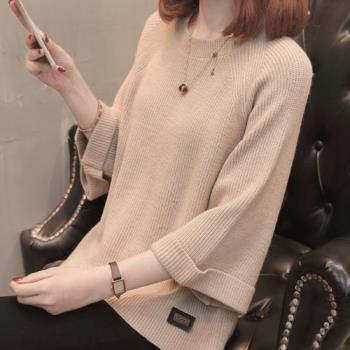 adora 韓版純色百搭圓領七分喇叭袖寬鬆針織衫