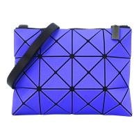 ISSEY MIYAKE 三宅一生BAOBAO幾何方格霧面3x4斜背包(藍紫)