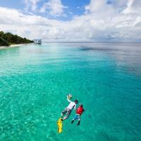 春遊踏青-絕美馬來情~彩虹天空玻璃步道、巴椰島海洋公園、酷閃獅城5+1日(加贈人氣爆漿下午茶)旅遊