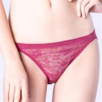 思薇爾 輕戀香系列M-XL蕾絲低腰三角內褲(波斯紅)