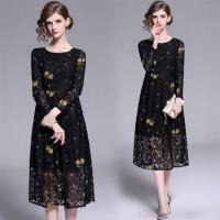 【M2M】時尚星空蕾絲印花洋裝M-2XL