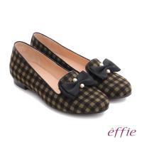 effie 都會舒適 全真皮豔彩格紋拼接珍珠蝴蝶低跟鞋- 橄欖綠
