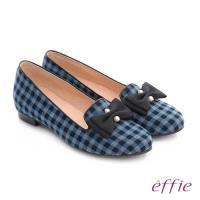 effie 都會舒適 全真皮豔彩格紋拼接珍珠蝴蝶低跟鞋- 藍