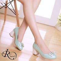 【iRurus 路絲時尚】韓系粉色系珍珠雙蝴蝶結造型高跟包鞋/3色/35-42碼 (RX0504-137-2A)現+預