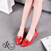 【iRurus 路絲時尚】韓系甜美個性一字裝飾尖頭低跟包鞋/2色/35-42碼 (RX0503-115-6A) 現+預