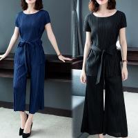 【K.W.韓國】(現貨)素色三宅壓褶套裝組