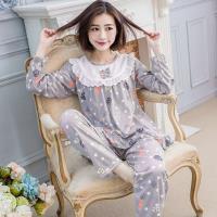 lingling日系 滿版圓點蘿蔔荷葉下擺牛奶絲長袖二件式睡衣組(全尺碼,共二色)