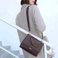 【AL老工匠】韓國聯名Yvonne氣質幾何真皮側背包-拿鐵咖啡
