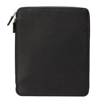 PRADA Saffiano Travel經典防刮牛皮iPad拉鍊式多功能保護套(黑2ARG51)
