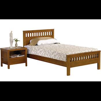 《新之森林》艾德森 3.5尺單人實木床組 (床架+床頭櫃)
