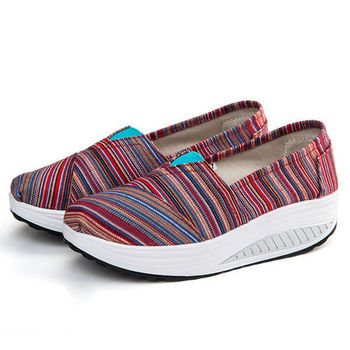 【Alice 】(現貨+預購)七色彩虹流行健走鞋